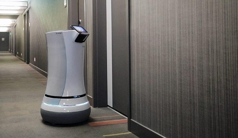 Los hoteles aplican el machine learning y los robots para la atención al cliente