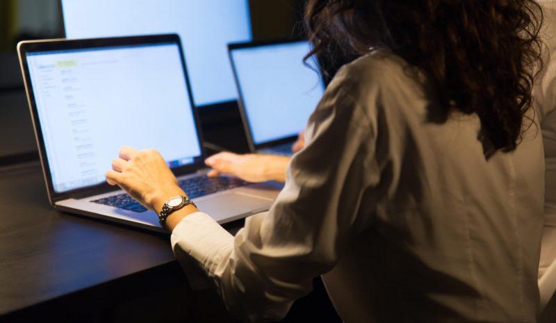 Profesiones digitales: poniendo nombre a las siglas de empleos más demandados por las empresas