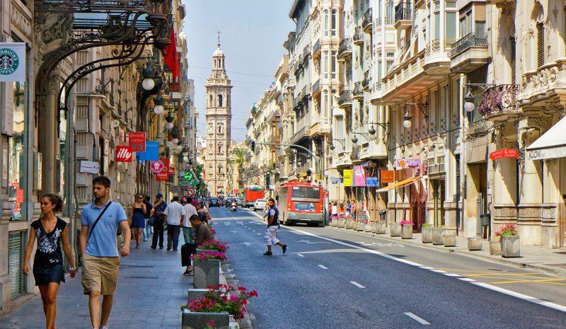 Valencia lidera la regulación de la economía colaborativa en el turismo